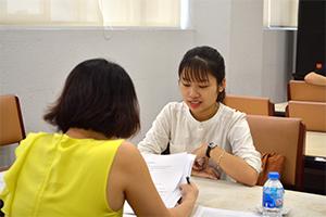 Phỏng vấn sinh viên học bổng Merali năm học 2018-2019
