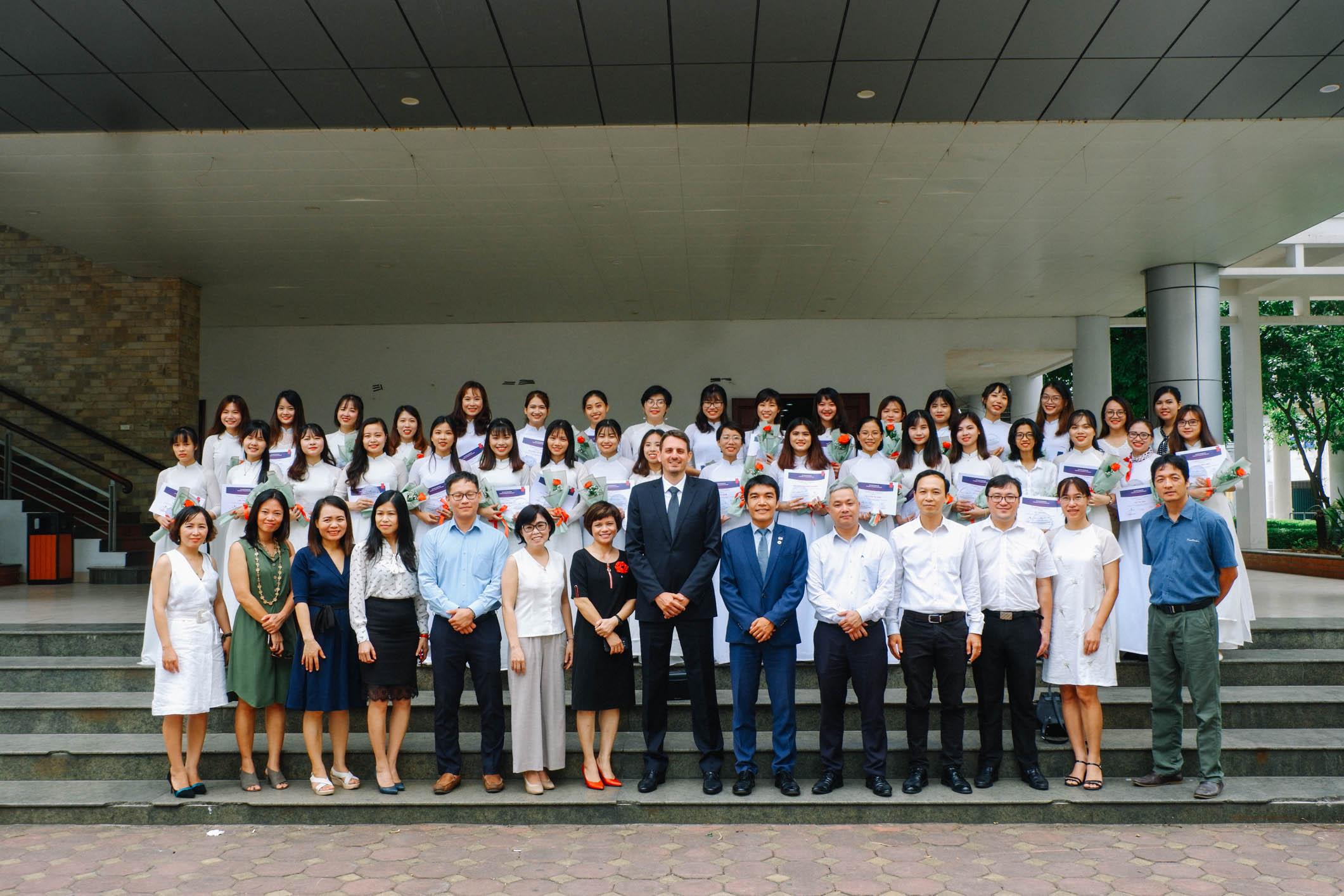 Lễ tốt nghiệp chương trình học bổng Quỹ Châu Á nguồn Merali Foundation